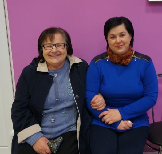 Astos Amankavičienės mama ir sesuo