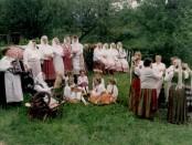Lapelių folklorinis ansamblis 1998 m.