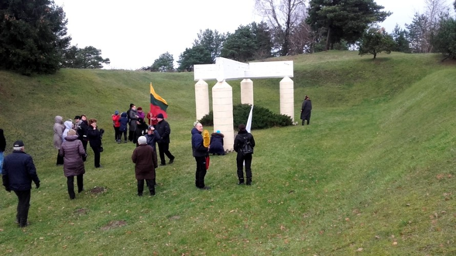 Želvos memorialas partizanams