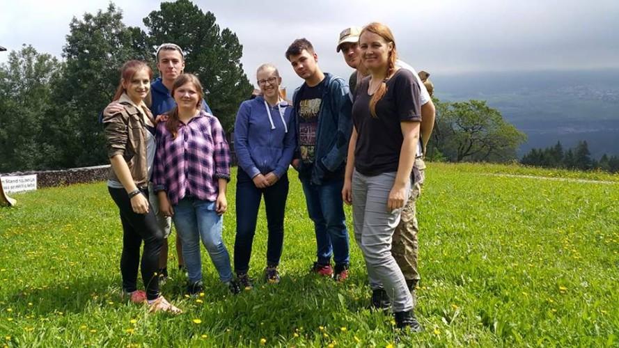Mes Austrijos kalnuose: Erika Kaštaljanovaitė, Norbert Badalov, Giedrė Gaigalaitė, Neda Černiauskaitė, Arnis Brasiūnas, Vytautas Striška, Birutė Golubeva