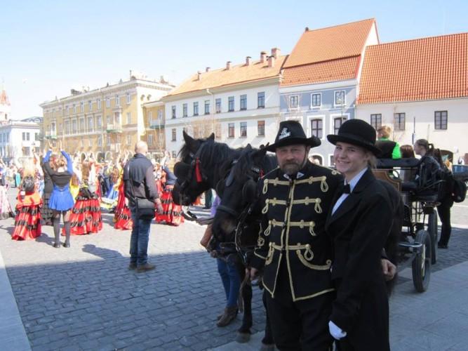 Česlovas Marcinauskas su raitele iš Panevėžio