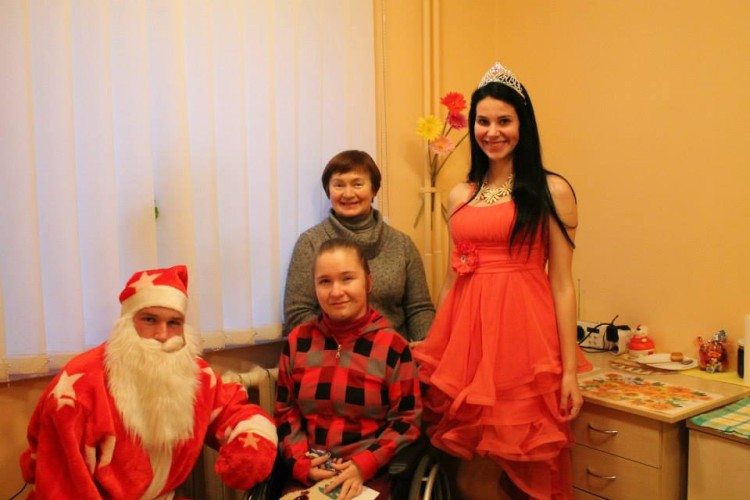 Šv. Kalėdų šventė Ukmergės technologijų ir verslo mokyklos bendrabutyje