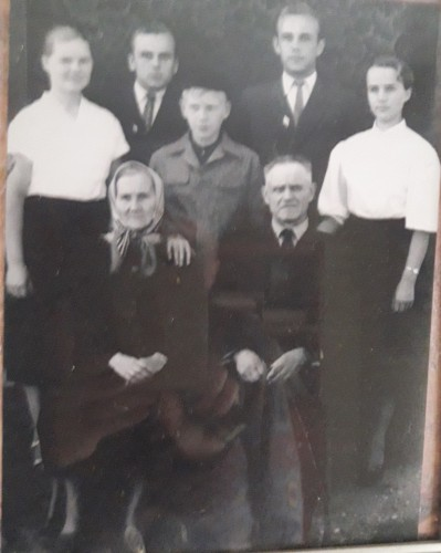 Visa Juščių šeima