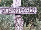 Jaskaudžių kaimo riboženklis