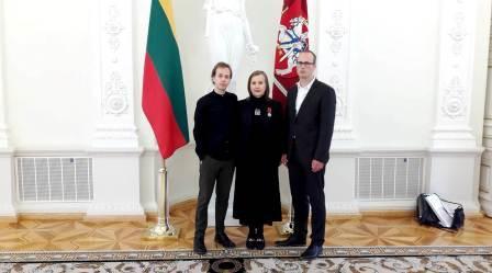 Vytautas Oškinis su mama Jūrate Landsbergyte LR Prezidentūroje