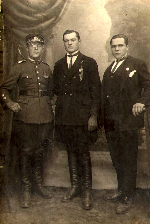 Trys broliai: Stasys, Boleslovas ir Rapolas