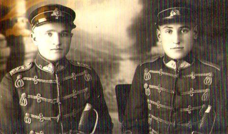 Zuzanos tėvas Ignotas (iš kairės)