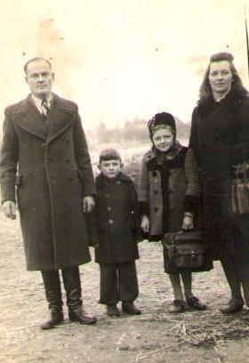 Boleslovo ir Veronikos Strazdų šeima