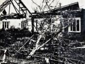 """Suniokotas Četrauskų namas – L. Ruiko nuotraukoje, išspausdintoje """"Švyturio"""" žurnale 1981 m."""