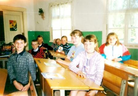 Vileikiškių pradinėje mokykloje (4 klasė; 2000 m.)
