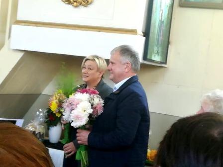 Seniūnaitė D. Bulonienė ir bendruomenės narys V. Šimonėlis
