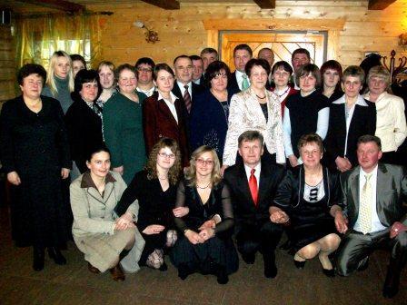 Irina Semaško su tuometinės Barskūnų pagrindinės mokyklos kolektyvu
