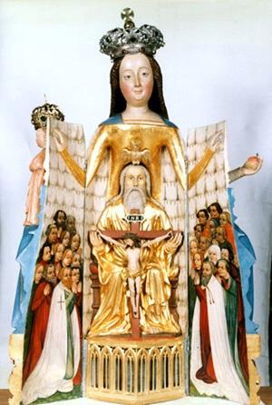 Atsiverianti Švč. Mergelės Marijos skulptūra
