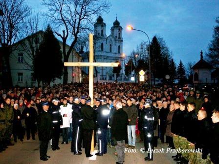 Kryžiaus kelias per miestą